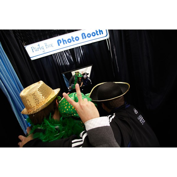 PHOTO BOOTH corporate rental